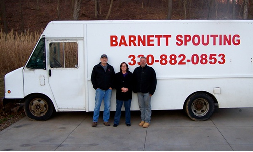 Lynn, Mary and Wayne Barnett with Barnetts Valley Controller